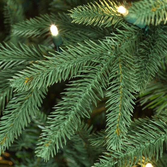 Aspen Fir Prelit Tree