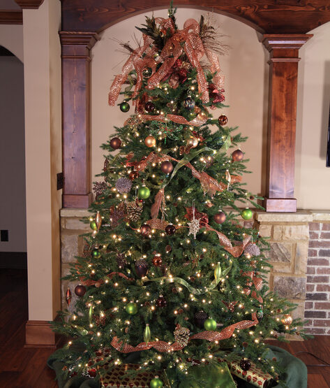 Hunter Prelit Tree
