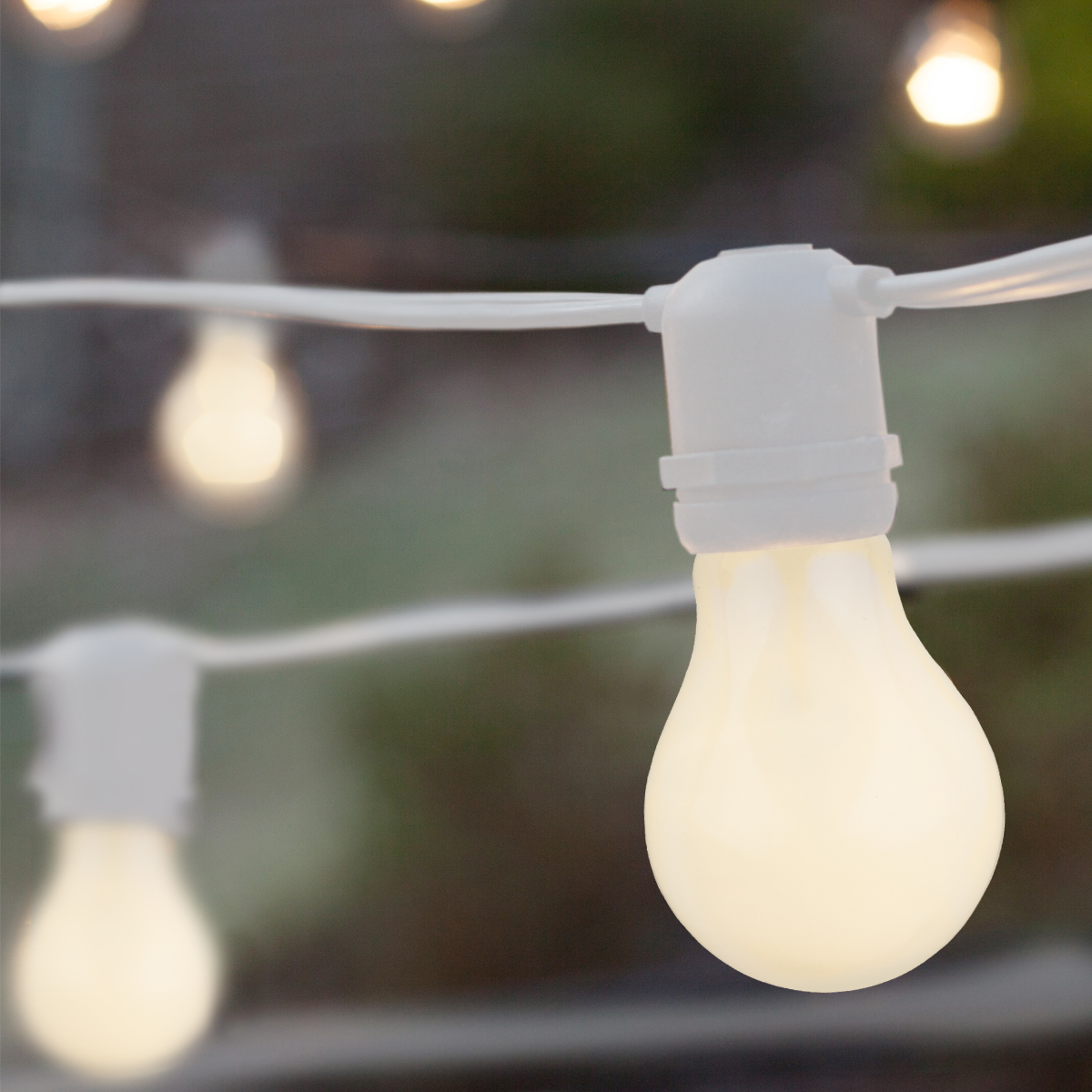 Merveilleux Commercial White Patio String Lights, A19 E26   Medium Bulbs On White Wire