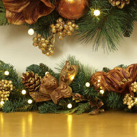 prelit-gilded-decorative-garland-in-gold-2.jpg